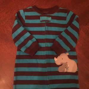 Footie pajamas size 6-9 months